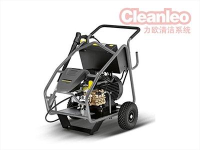 驾驶式洗地机厂家浅析使用后请及时给机器充电