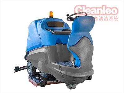 驾驭式洗地机不能停放在有坡度的地方