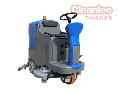 如何保养及拆换手拉式洗地机零配件的方式