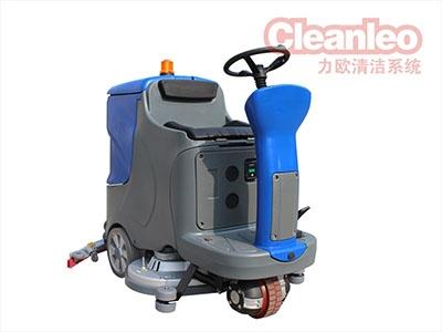 洗地机具有刷洗吸污一体的功效